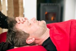 Kranio-sakral terapi lindrer og helbreder, når din krop er ude af balance. Behandlingen varer 1 time og finder sted i dejlige og rolige omgivelser